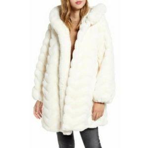 Gallery Faux Fur Ivory Hooded Swing Coat